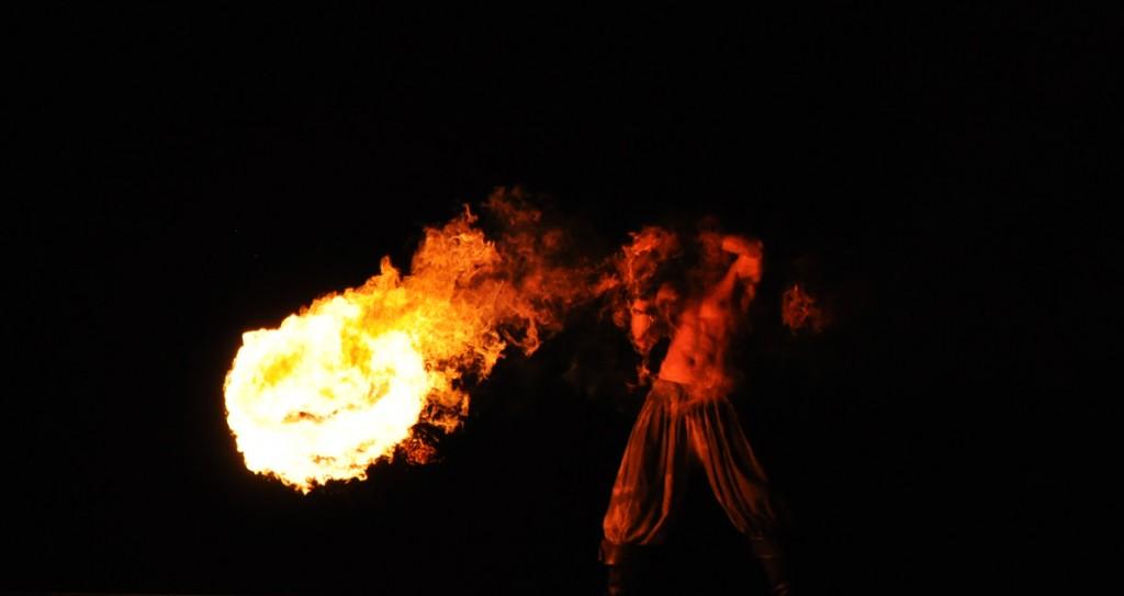 Trix uppträdande under Corvus Corax konsert i somras
